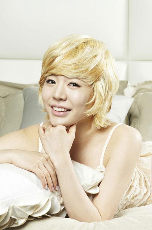 SNSD cho Seohyun ở nhà khi ra ngoài tiệc tùng? 12