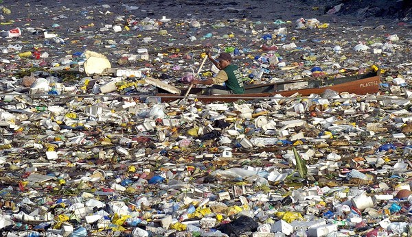Biến nhựa thành xăng - bước ngoặt lớn của nhân loại đã xuất hiện - Ảnh 2.