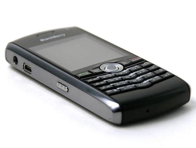 Điểm danh 7 đối thủ lớn nhất của... iPhone đời đầu - Ảnh 1.