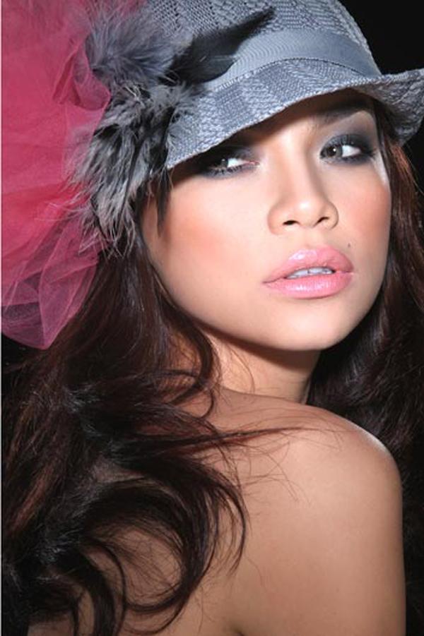 Đào lại những bộ ảnh thời trang thuở chân quê của 3 Giám khảo The Face Việt - Ảnh 10.