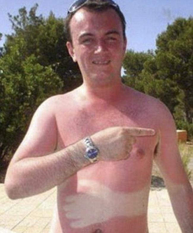 Đi tắm nắng đừng mang iPhone theo nếu không muốn có cái kết như anh chàng này - Ảnh 6.