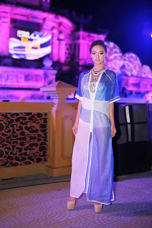 Không chỉ có cá tính lạ nhất The Face, Mai Ngô còn ăn mặc dị nhất nhì làng mẫu! - Ảnh 10.