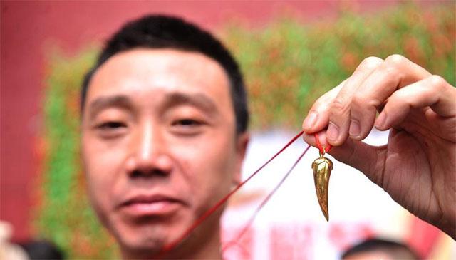 Nóng gần chết nhưng người dân Trung Quốc vẫn nô nức đi thi ăn ớt - Ảnh 5.