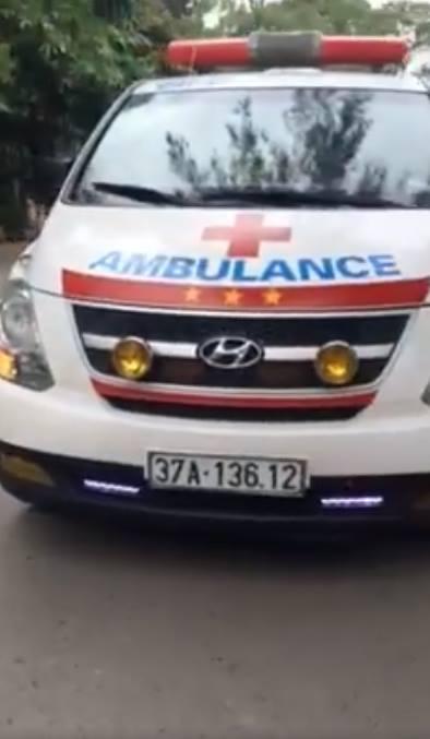Bộ Y tế chỉ đạo khẩn trương làm rõ vụ bảo vệ Bệnh viện Nhi Trung ương chặn xe cứu thương - Ảnh 2.