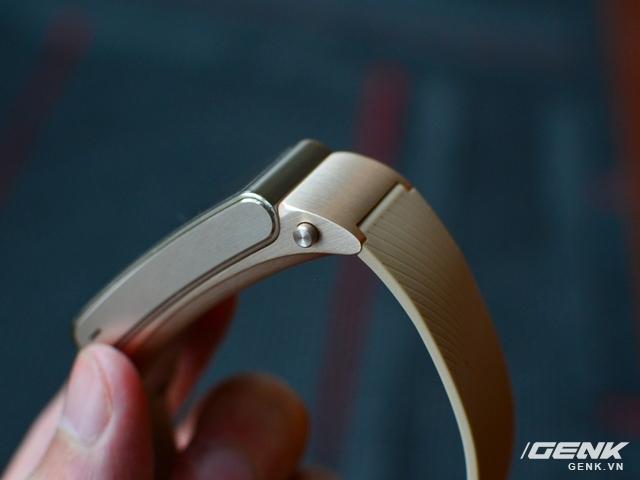 Vòng đeo tay Huawei TalkBand B2: theo dõi sức khỏe, kiêm luôn tai nghe không dây - Ảnh 3.
