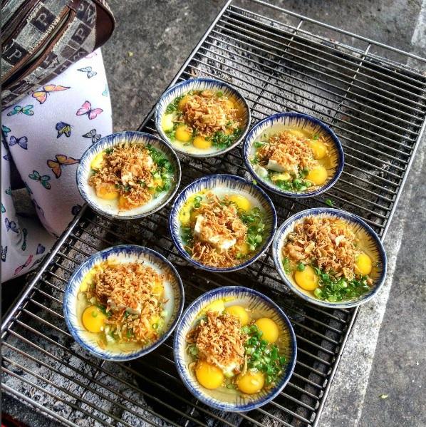 Món mới siêu hot ở Đà Nẵng: Trứng cút đút than với phô mai! - Ảnh 2.
