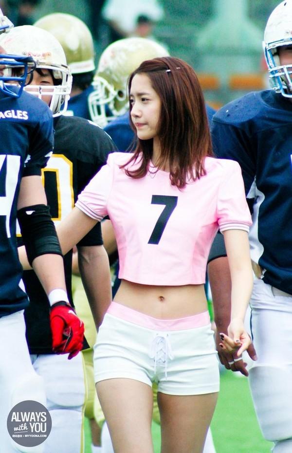 Lộ hẳn áo ngực trên tạp chí, Yoona đã không còn là Yoona của ngày hôm qua! - Ảnh 11.