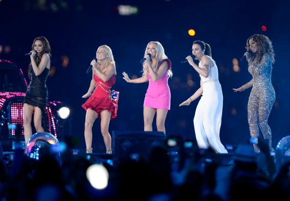 spice-girls-hat-cuc-sung-o-le-be-mac-olympic-2012