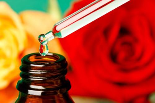 Mẹo siêu hay để dùng nước hoa hồng cho chuẩn 1