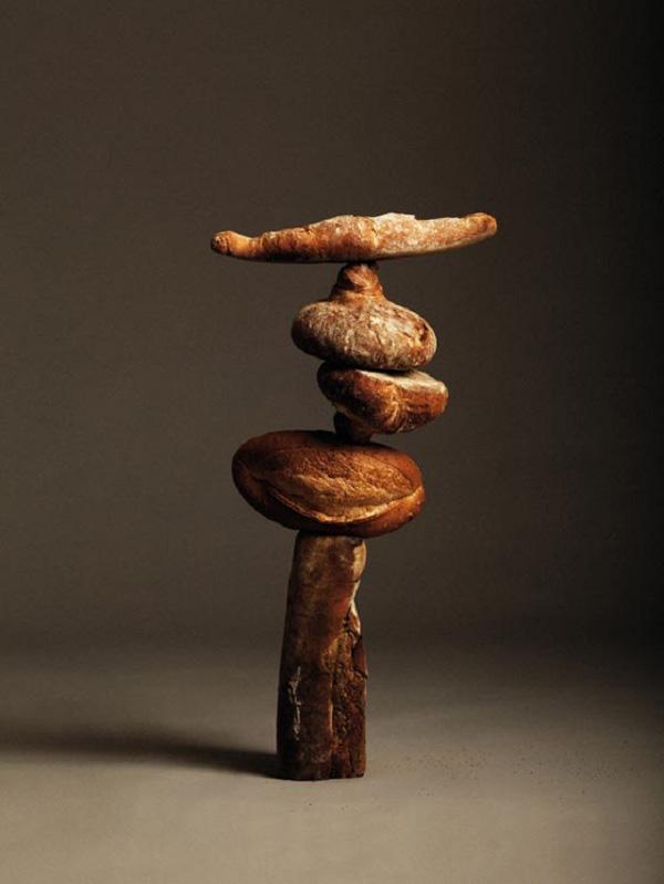"""Ứng dụng tâm trọng điểm: Bánh mì """"làm xiếc"""" thăng bằng 2"""