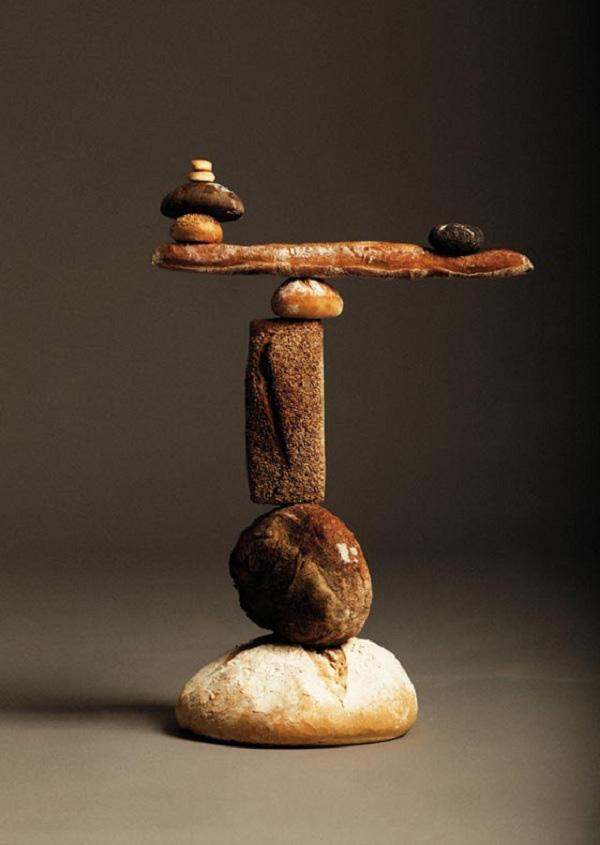 """Ứng dụng tâm trọng điểm: Bánh mì """"làm xiếc"""" thăng bằng 10"""
