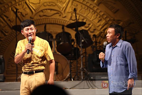 Lâm Chi Khanh, Hương Giang Idol đối lập trên sân khấu 9