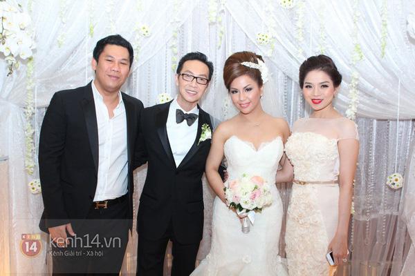 """Con gái Cẩm Ly hóa """"thiên thần rải hoa"""" trong đám cưới Minh Tuyết 12"""