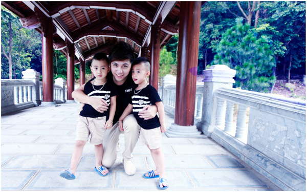 Minh Vương (M4U) khoe 2 con trai nuôi song sinh 6