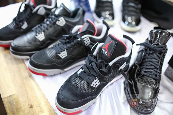 Hơn 1000 bạn trẻ yêu giày sneaker nữ tại hcm xếp hàng rồng rắn để tham gia festiva36l