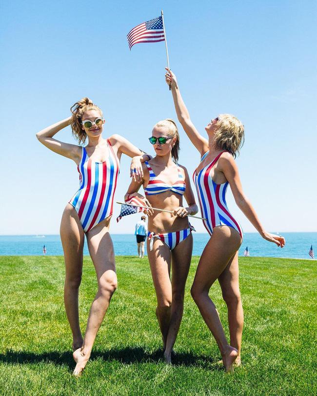 Taylor Swift vừa mặc bộ đồ bơi này, dân tình đã lập tức đổ xô tìm kiếm - Ảnh 1.