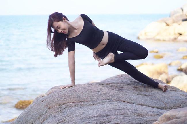 Tập Yoga tại tất cả mọi nơi mình đi qua - cô gái người Việt này đang truyền cảm hứng cho rất nhiều người! - Ảnh 20.