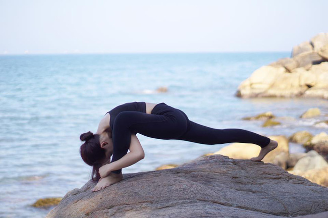 Tập Yoga tại tất cả mọi nơi mình đi qua - cô gái người Việt này đang truyền cảm hứng cho rất nhiều người! - Ảnh 22.