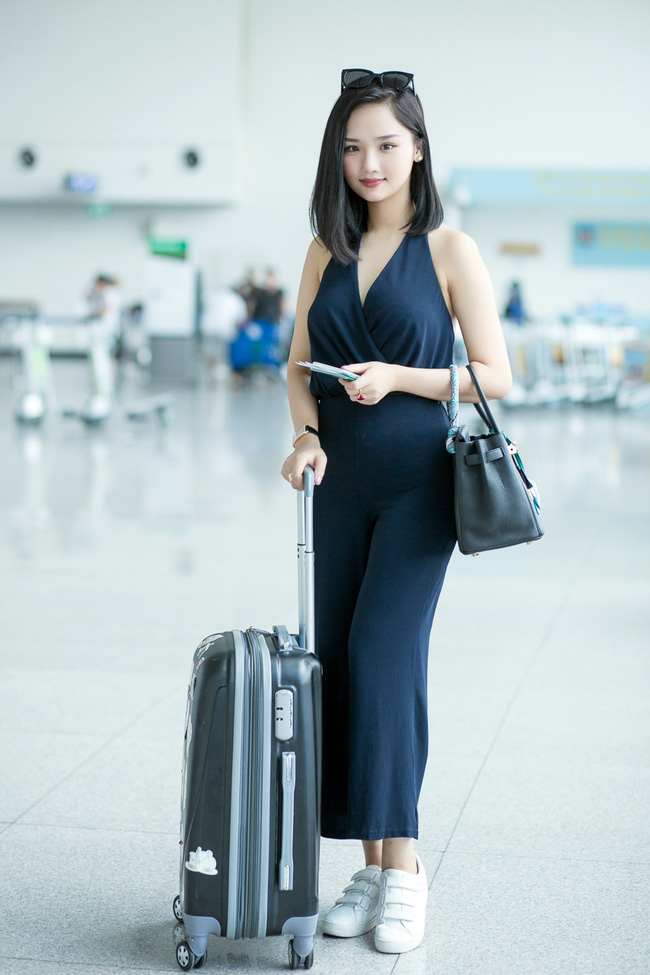 Miu Lê xuất hiện gợi cảm, chuẩn bị gặp dàn sao hot nhất Châu Á - Ảnh 12.