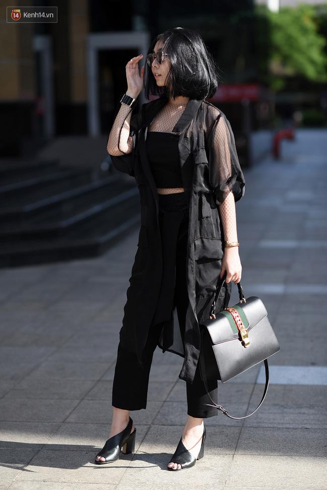 Street style giới trẻ: Hà Nội phá cách, áp đảo Sài Gòn hiền lành đến bất ngờ - Ảnh 7.