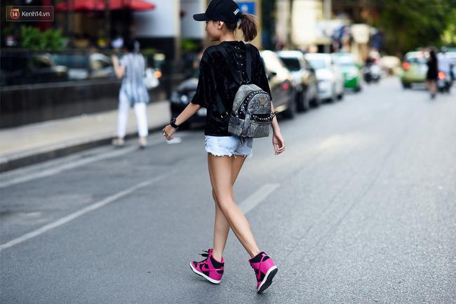 Street style giới trẻ: Hà Nội phá cách, áp đảo Sài Gòn hiền lành đến bất ngờ - Ảnh 2.