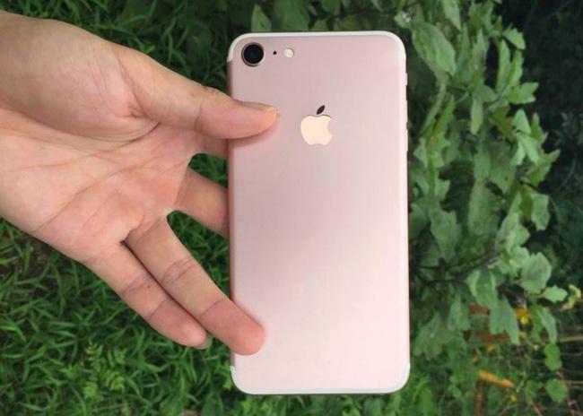 Ông chủ Mai Nguyên: Phụ kiện tai nghe cho iPhone 7 sẽ đắt nhưng ai cũng mua - Ảnh 2.