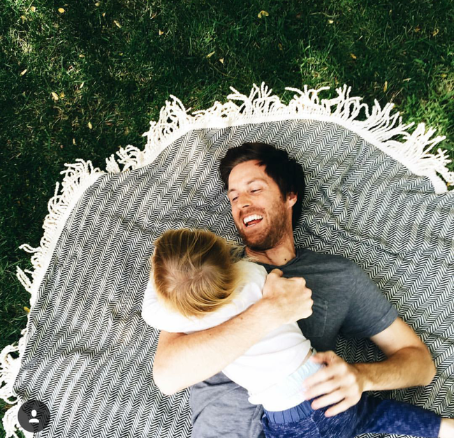 4 gia đình nhỏ xinh trên Instagram này sẽ khiến bạn muốn lập gia đình ngay lập tức! - Ảnh 19.