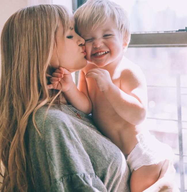 4 gia đình nhỏ xinh trên Instagram này sẽ khiến bạn muốn lập gia đình ngay lập tức! - Ảnh 11.