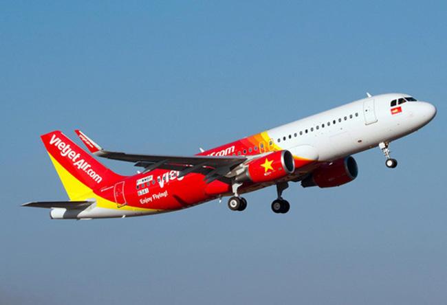 Hành khách Vietjet có số vé nhưng lên máy bay vẫn phải xin... ngồi nhờ vì không có chỗ - Ảnh 2.