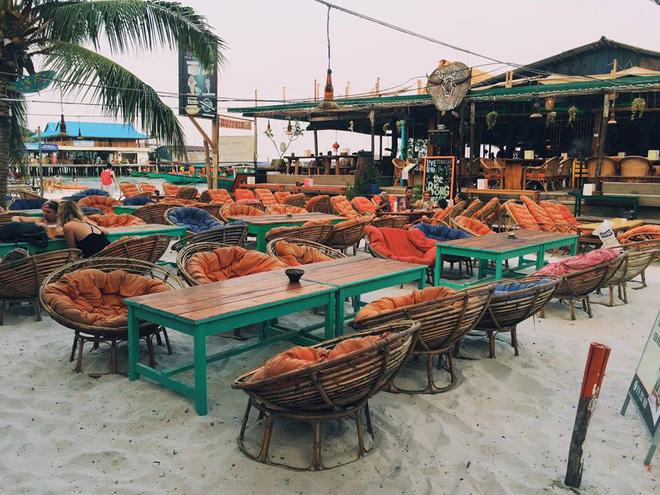 Bộ 3 bãi biển thiên đường ở Campuchia: Rẻ, gần và đẹp lung linh - Ảnh 15.