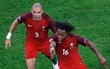 Renato Sanches xô đổ 2 kỷ lục, trong đó có cột mốc của Ronaldo