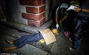 Những hình ảnh đáng sợ trong cuộc chiến chống ma túy ở Philippines