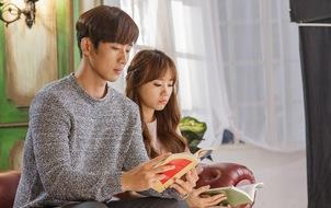 """Hari Won """"nhá hàng"""" hậu trường vui nhộn của MV """"Anh cứ đi đi"""""""