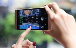 Đánh giá nhanh Coolpad Sky 3: Chụp ảnh tự sướng chuyên nghiệp và đẳng cấp