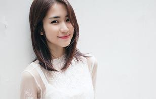 Clip vui: Hòa Minzy kể chuyện mượn áo Sơn Tùng, nhái Hari Won cực lố