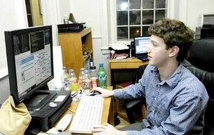 Không phải vì gái, Facebook ra đời vì Mark Zuckerberg... lười học
