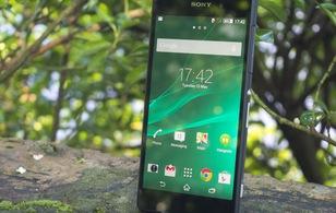 """""""Tưởng niệm"""" Sony Xperia Z: Nhìn lại những tượng đài đáng nhớ"""
