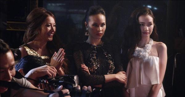 4 bộ phim Việt có màn đầu tư trang phục gây ấn tượng cho người xem - Ảnh 15.