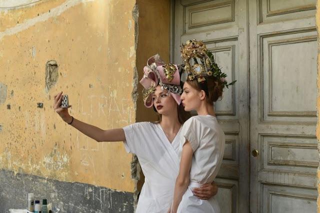 Dolce&Gabbana tổ chức lễ hội, cho đăng quang luôn Hoa hậu trên sàn diễn - Ảnh 9.