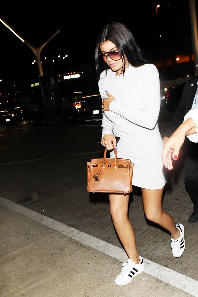 Số lượng giày sneaker của Kylie Jenner sẽ làm bạn thấy xót xa ngay cho bản thân! - Ảnh 5.