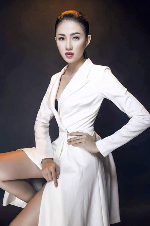 Xem lại những bộ ảnh thời trang lẫy lừng một thời của các ứng viên The Face Việt - Ảnh 18.