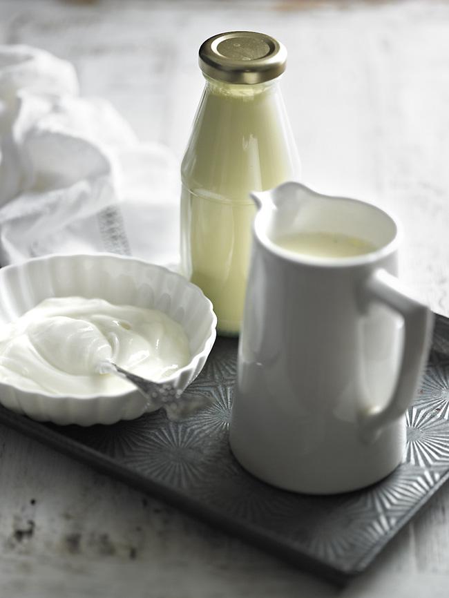 Những thói quen uống sữa, ăn sữa chua có thể khiến bạn đau bụng và mệt mỏi - Ảnh 2.
