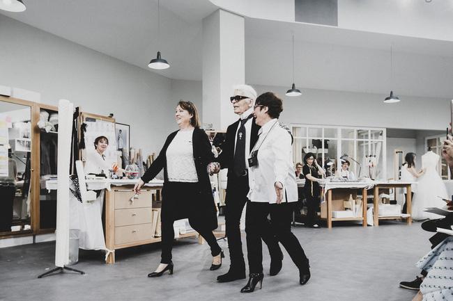 Chanel biến runway thành xưởng may, Châu Tấn là khách mời mặc xấu nhất - Ảnh 26.