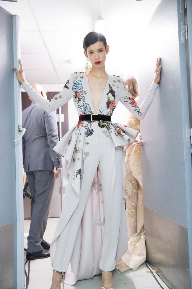 Haute Couture mùa này là một bữa tiệc thị giác cho đôi mắt của bạn - Ảnh 20.