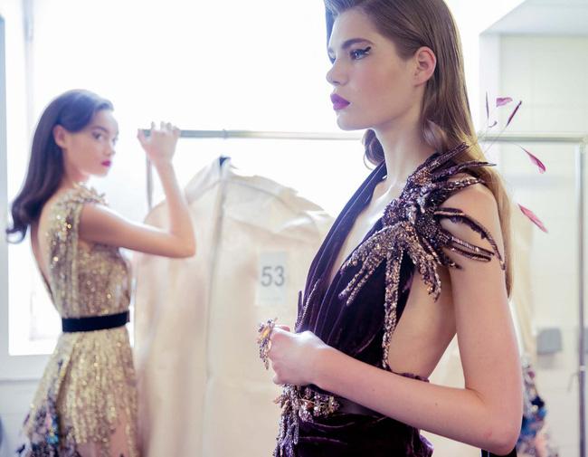 Haute Couture mùa này là một bữa tiệc thị giác cho đôi mắt của bạn - Ảnh 21.