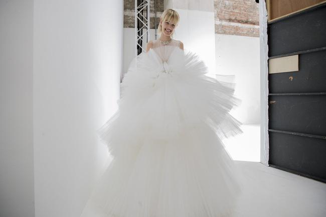 Haute Couture mùa này là một bữa tiệc thị giác cho đôi mắt của bạn - Ảnh 30.
