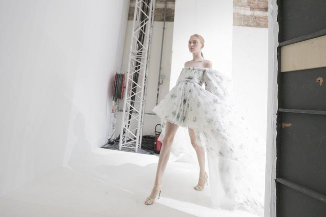 Haute Couture mùa này là một bữa tiệc thị giác cho đôi mắt của bạn - Ảnh 31.