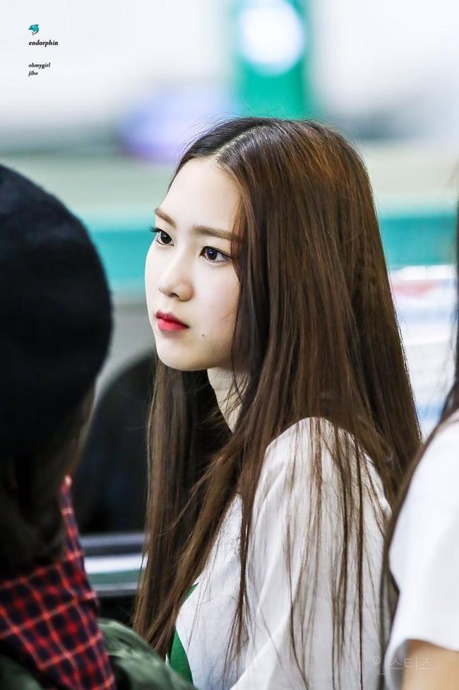 3 cô nàng idol này sẽ chứng minh tóc suôn thẳng mới là kiểu tuyệt nhất của con gái - Ảnh 8.