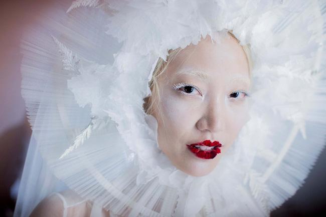 Haute Couture mùa này là một bữa tiệc thị giác cho đôi mắt của bạn - Ảnh 28.